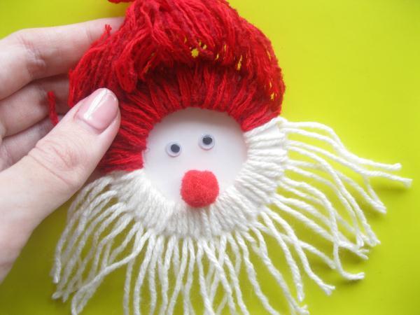 Дед Мороз из ниток_17