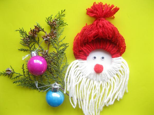 Дед Мороз из ниток_19