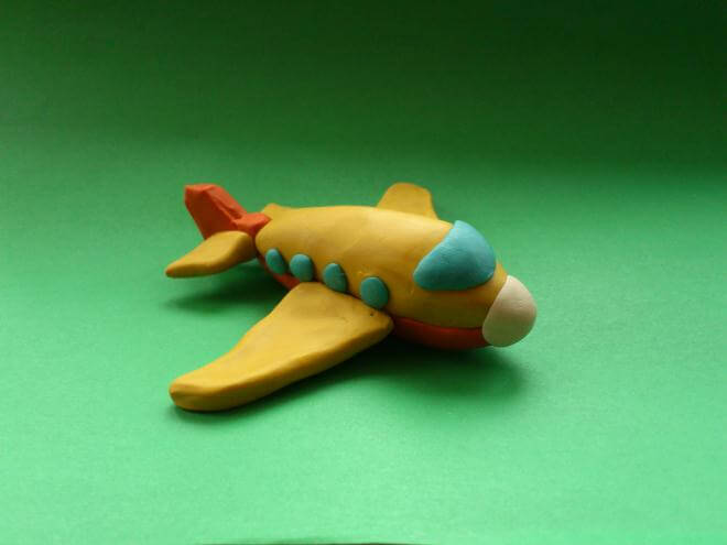 Готовый самолетик