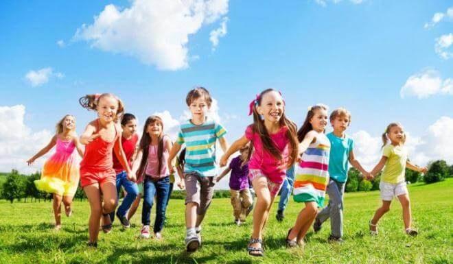 10 отличных идей, чем занять детей в июле