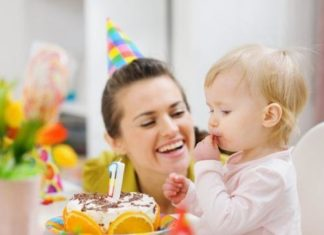 Что подарить девочке на 1 год