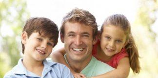 Почему ребенку так важно общаться с отцом